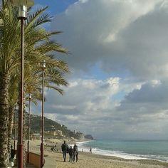 Bella la spiaggia di Finale Ligure anche a novembre!