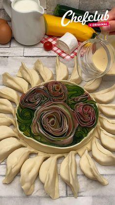 East Dessert Recipes, Dinner Recipes, Tasty Videos, Food Videos, Food Platters, Food Dishes, Buzzfeed Tasty, Good Food, Yummy Food