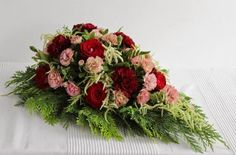 Gra w zielone Gra, Funeral Arrangements, Fall Flowers, Floral Wreath, Wreaths, Home Decor, Cemetery, Autumn Flowers, Flower Crowns