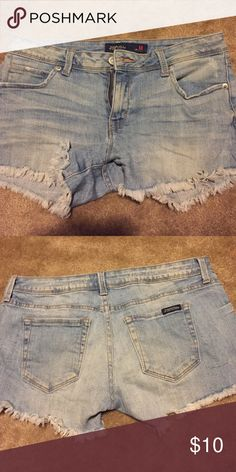 Jean shorts GUC. Size M fits like a 6-8. Very stretchy and comfy shorts. Brand is just USA but marked as forever 21 for views. Bought at a boutique Forever 21 Shorts Jean Shorts