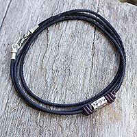 Bold Black from @NOVICA, They help #artisans succeed worldwide.