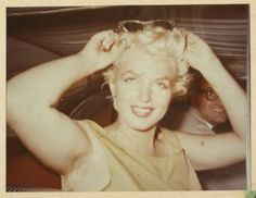 MARILYN MONROE - 8 CANDID COLOR PHOTOGRAPHS - Price Estimate: $800 - $1000