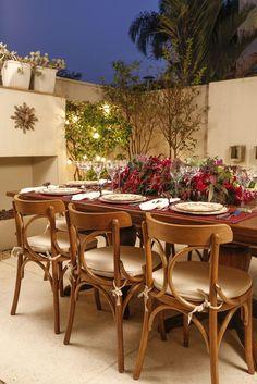Montamos a nossa área externa de casa para receber amigos em um jantar especial!