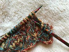 Sunday pattern No. Flower pattern pattern free crochet Sunday pattern No . Sunday pattern No. floral pattern free crochet sunday pattern no. Knitting Charts, Baby Knitting Patterns, Knitting Stitches, Easy Knitting, Start Knitting, Learn How To Knit, Knitted Baby Blankets, Sock Yarn, Knitting For Beginners