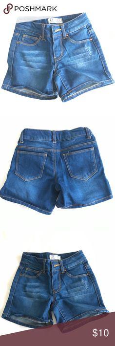 Zara kids blue jean shorts size 4/5 New!! No tags :/ Zara kids blue jean shorts size 4/5 Zara Bottoms Shorts