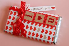 Our Life in Europe: dream street Valentine Love Cards, Valentines Day Party, Valentine Day Crafts, Valentine Decorations, Candy Bar Covers, Birthday Surprise For Husband, Candy Arrangements, Handmade Birthday Gifts, Valentine's Day Crafts For Kids