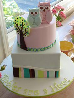 Temática de torta de búhos para Baby Shower #DecoracionBabyShower