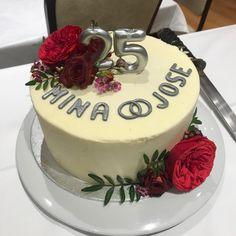 tarta bodas de plata Cupcakes, Desserts, Food, Lolly Cake, Candy Stations, Silver Anniversary, Wedding Anniversary, Blue Prints, Tailgate Desserts