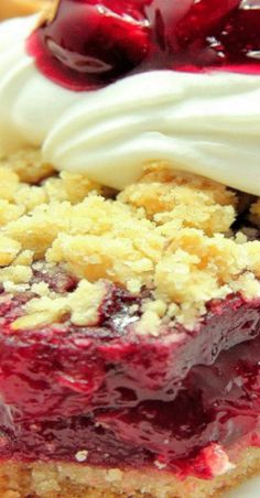 Cherry Oatmeal Crumble Pie Cheesecake Desserts, Pie Dessert, No Bake Desserts, Easy Desserts, Delicious Desserts, Yummy Food, Fruit Recipes, Pie Recipes, Sweet Recipes