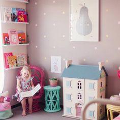 Para brincar e enfeitar: casinha de boneca