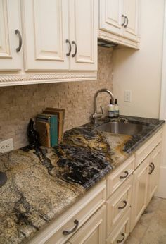 Granite Direct Warehouse offers design and installation of kitchen and bathroom countertops made from granite, marble or quartz. Black Backsplash, Granite Backsplash, Kitchen Backsplash, Kitchen Counters, Kitchen Islands, Urban Kitchen, Kitchen Redo, Kitchen Remodel, Kitchen Ideas