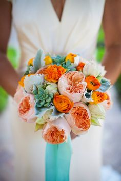 how to sell wedding flowers