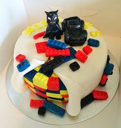 Purppurahelmen juhla- ja  fantasiakakut: Lego batman- kakku lapselle