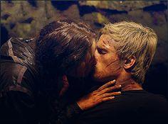 Katniss & Peeta <3