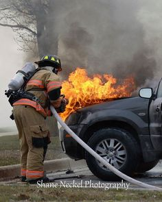 @shaneneckel -  #MonroeCity opening up the hood at this #AutoFire. #fire #firefighter #firetruck #carfire #chiefmiller #job. . ___Want to be featured? _____ Use #chiefmiller  WWW.CHIEFMILLERAPPAREL.COM . ----------- CHECK OUT! Facebook- chiefmiller1 Periscope -chief_miller Tumblr- chief-miller Twitter - chief_miller YouTube- chief miller Vero - chief miller  TAG A FRIEND WHO NEEDS TO SEE THIS. Please be sure to Like and Comment. . #fireservice #firefighter #firedepartment #firedept…