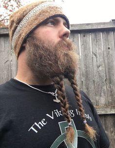 Kinky Beards — bearditorium: Justin Kinky Beards 🔘 The. Viking Beard Styles, Long Beard Styles, Hair And Beard Styles, Goatee Beard, Gay Beard, Epic Beard, Beard Haircut, Moustache, Beard No Mustache