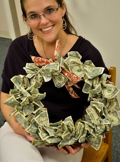Wreath of dollar bills... wonder if it could be done with only 29 of them?