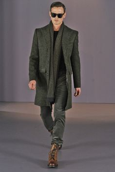 Gieves & Hawkes | Fall 2014 Menswear Collection | dressed down style | Guy Robinson