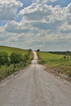 Country road by Foto Aday, via Flickr