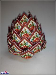 Servilleteros-piña, realizados en nuestras clases                          Servilleta decorativa para decoupage  #manualidades #pinacam #servilletas     disponible en www.manualidadespinacam.com