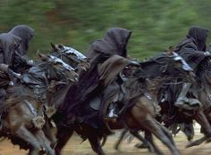 The Lord of the Rings: The Fellowship of the Ring - Publicity still. The image measures 2381 * 2056 pixels and was added on 24 July Fellowship Of The Ring, Lord Of The Rings, Black Company, Horse Costumes, The Dark Tower, Cosplay, Dark Ages, Middle Earth, Tolkien