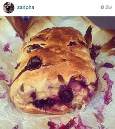 Dit is het kwarkbrood van Zaripha #kwijl Healthy Bread Recipes, Healthy Sweets, Healthy Baking, Baking Recipes, Best Foods For Energy, Sweet Bakery, Fast Easy Meals, Sweet Breakfast, High Tea