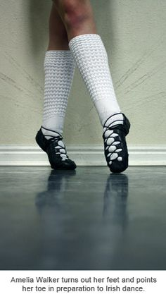 How to turn out and point your toes in Irish dance.