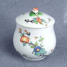 Chantilly Porcelaine Tendre Pot A Jus Milieu 18ème Scarabée | eBay