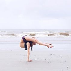 Flexibility Dance, Gymnastics Flexibility, Acrobatic Gymnastics, Amazing Gymnastics, Gymnastics Pictures, Gymnastics Photography, Dance Photography, Anna Mcnulty, Cable Workout