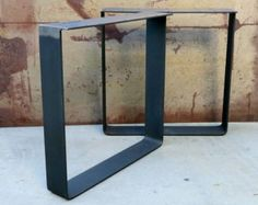 This contemporary table leg design is simple yet very modern. They are in the shape of a trapezoid and the bottom width is about 6 inches smaller than the top width.  Top width is 24 or can be smaller if requested. Table legs are made out of 3x 1/4 flat bar steel.   Finish Options that are included in price: -Natural Steel (Rust Prone!!) -Red Primer -Flat Black  Extra Cost for Finish and would have to be purchased through custom order:: -Clear coat (no rust) $35 -Any Powder Coating Color $50
