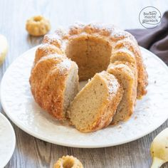 Simple banana cake Baking makes you happy cake wedding cake kindergeburtstag ohne backen rezepte schneller cake cake Easy Dinner Recipes, Easy Desserts, Baby Food Recipes, Fall Recipes, Mexican Food Recipes, Dessert Recipes, Dinner Ideas, Cheap Meals, Easy Meals