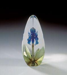Blue Lily -  Medium Glass Etching by Mats Jonasson