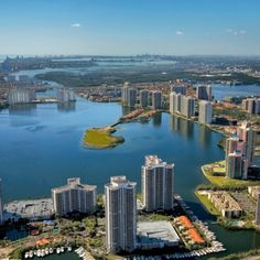 Aventura, FL Miami Homes Listings::Casas en Miami-Fort Lauderdale::Homes and condos for sale::Miami-Fort Lauderdale Real Estate::Leo Gonzale...