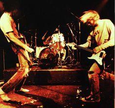 nirvana live | Rare Nirvana Concert: Live at the Paramount' September 23rd on VH1 - 8 ...