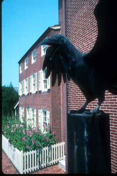 Edgar Allen Poe's home--one of my favorite authors--master of the macabre, makes Stephen King look like a lightweight!
