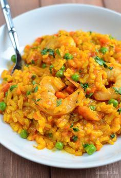 Slimming Eats Spicy Prawn and Vegetable Risotto - gluten free, dairy free, Slimming World and Weight Watchers friendly Prawn Dishes, Risotto Dishes, Seafood Risotto, Food Dishes, Rice Dishes, Prawn Recipes, Risotto Recipes, Seafood Recipes, Cooking Recipes