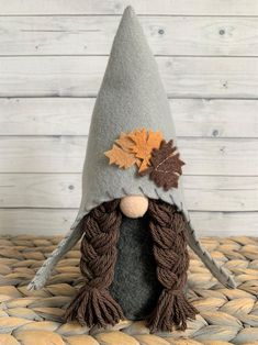 Welcome to Gnome and Dwarfs! Centuries ago, the Scandinavians believed that gnomes protected their homes from evil. Fall Crafts, Halloween Crafts, Holiday Crafts, Halloween Decorations, Christmas Decorations, Diy Crafts, Christmas Ornaments, Halloween Crochet, Gnome Ornaments