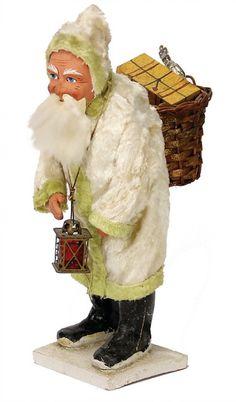 Santa Claus, papier mâché, 25.5 cm, with : Lot 3638