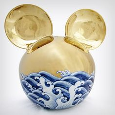 Corporate Logos As Traditional Chinese Ceramics