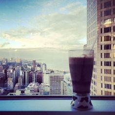 Have a drink up high over #Chicago in the Four Seasons Hotel. Photo courtesy of amn_a on Instagram.