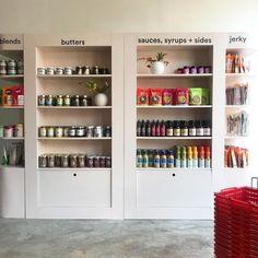 Pop-Up Grocery Shops - Pop Up Grocer Shares Specialty Products from Innovative Brands Artisan Food, Specialty Foods, White Space, Pop Up Stores, Creative Inspiration, Whole Food Recipes, Liquor Cabinet, Innovation, Marketing