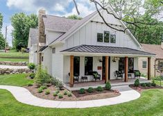 If you enjoy more than 1 finish and fashion in adjoining rooms but still Contemporary farmhouse exterior design reflects the … Modern Farmhouse Porch, Farmhouse Homes, Farmhouse Design, Cottage Homes, Farmhouse Ideas, Farmhouse Decor, Farmhouse Home Plans, White Farmhouse Exterior, Restored Farmhouse