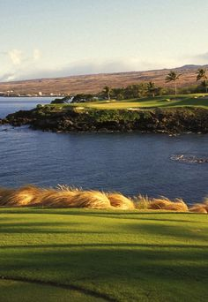 Golf Courses Some of the most beautiful golf courses and landscapes around the world.