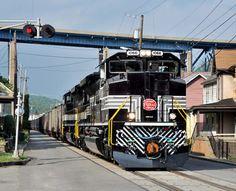 Norfolk Southern : Heritage Locomotives