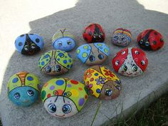 Easy Paint Rock For Try at Home (Stone Art & Rock Painting Ideas) Turtle Painting, Pebble Painting, Pebble Art, Stone Painting, Painted Rocks Craft, Hand Painted Rocks, Painted Stones, Turtle Painted Rocks, Painted Pebbles