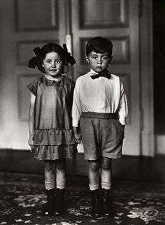 Agust Sander, Middle Class Children, 1925.