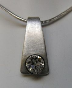 How to make this piece and other jewelry tutorials