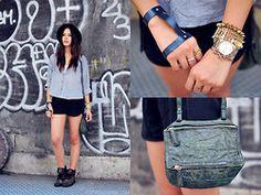 16f9477313f0 Givenchy Bag pandora mini buy it for less than  300! www.jessyjadebag.cn