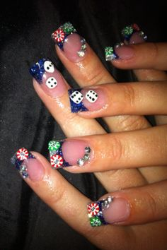 Poker nails. #poker #watchwigs www.youtube.com/wigs