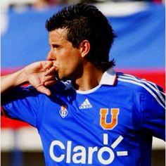 "#DiegoRivarola ""Gokú"" ~ Universidad de Chile #UdeChile Grande, Football, Club, National Championship, Football Team, Bicycle Kick, University, Sports, Scenery"